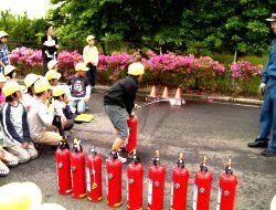 消火器取扱い訓練の様子