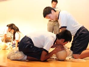 中学生の部 確実な人工呼吸