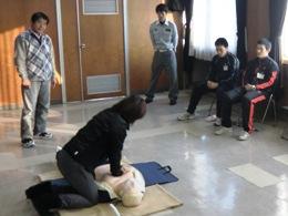 指導技法の実技は、指導者役と受講者役に分かれました。