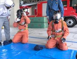 呼吸器の着装