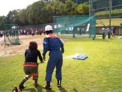 消防隊が消火器の取扱い方法を指導しました