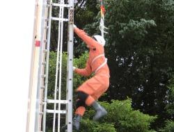 はしご登はん訓練3