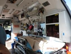 救急車内装1