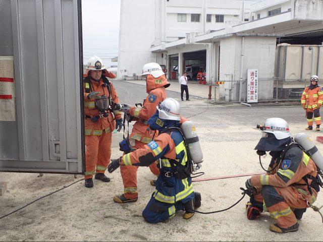 特別消防隊 平成12年度採用 男性   愛知県尾三消防組合