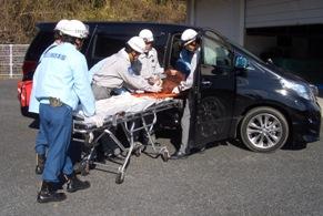 交通事故現場での連携活動