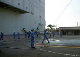 衛生組合職員放水訓練2