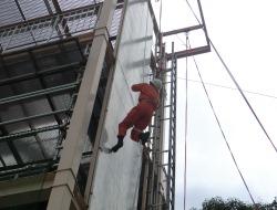 ロープ応用登はん訓練4