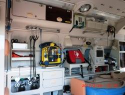 救急車内装2